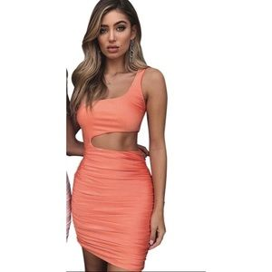 Dresses & Skirts - Peach Form Fitted sexy dress Kim Kardashian look